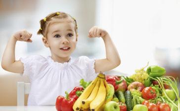 ¿Cómo acostumbrar a los chicos a comer más sano?