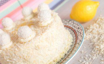 ¿Cómo se prepara una torta de coco y limón?