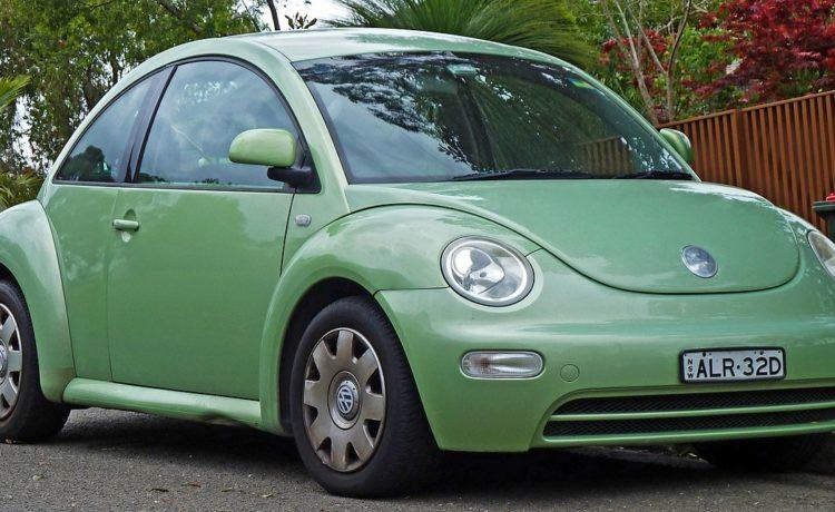 Volkswagen New Beetle: un icono de la industria automotriz