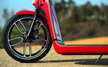 La diversión llega en dos ruedas con MINI Citysurfer