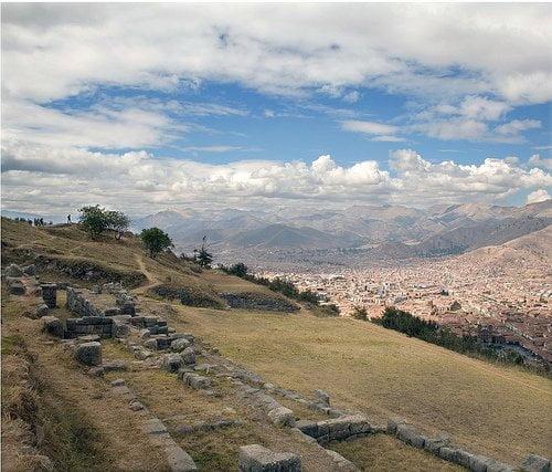 Viajar a Sacsayhuamán