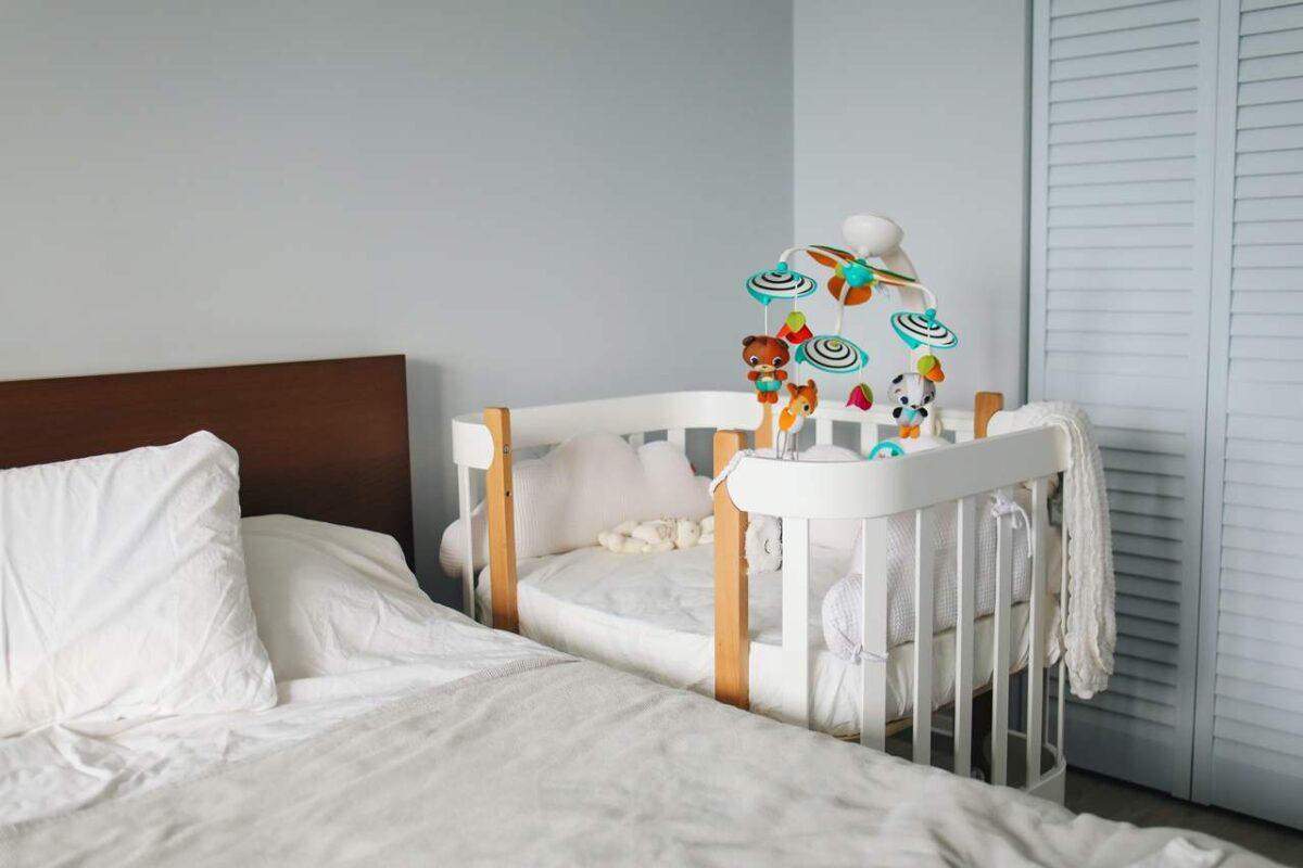 Cuna colecho para dormir al bebé